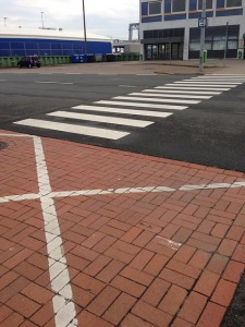 zebra-crossing-168604_640