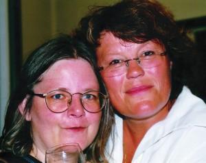 Gabriele Haefs und Anne Holt an einem glühendheißen Sommertag
