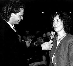 1998 – Evelyn Kuttig hält eine Ansprache zum Sinn und Zweck des Bücherfrauen e.V.
